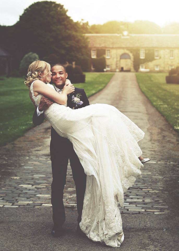 Amy & Shaun Newburgh Priory (4)